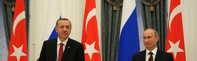 Il presidente della Turchia Erdogan con Vladimir Putin