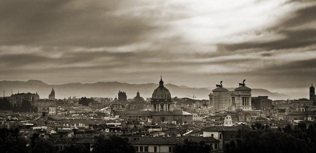Roma di nessuno: da modello politico a capitale immorale