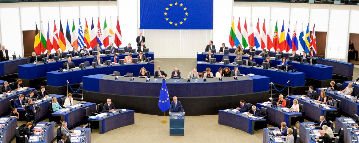 """""""Sdoppiamento. Una prospettiva nuova per l'Europa"""" di Sergio Fabbrini"""