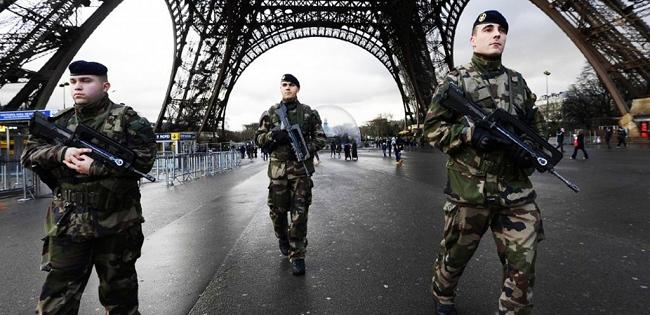 """""""Sconfiggere il terrorismo. L'evoluzione della minaccia jihadista"""" di Andrea Manciulli"""