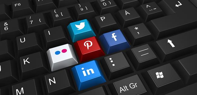 """""""#republic. La democrazia nell'epoca dei social media"""" di Cass R. Sunstein"""