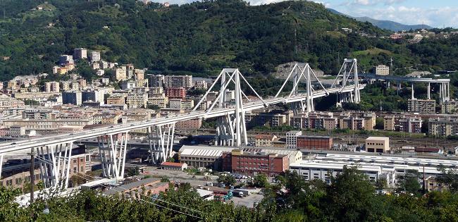Il nodo autostradale di Genova. Storia di una viabilità complessa