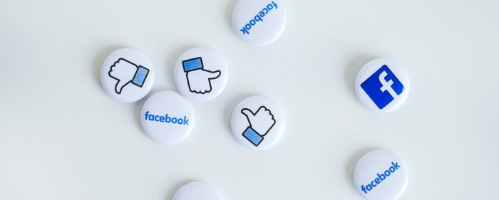 """""""Per un pugno di like. Perché ai social non piace il dissenso"""" di Simone Cosimi"""