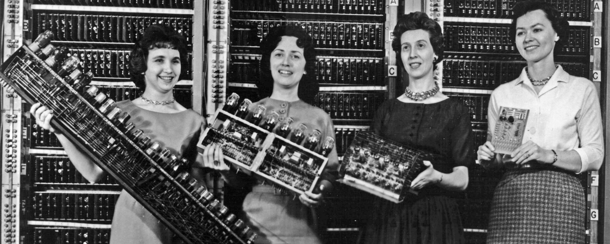 Connessione. Storia femminile di Internet Evans