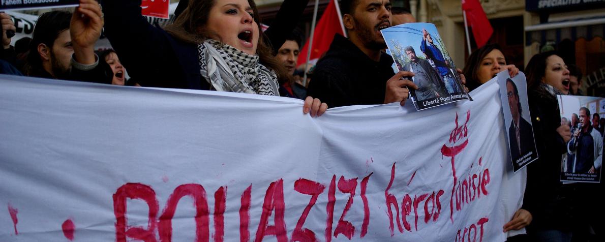 Le radici della rivolta in Tunisia, dieci anni dopo. Intervista a Leila El Houssi