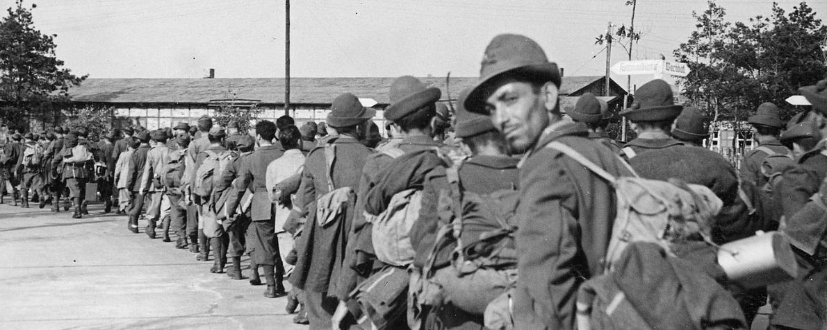 """""""I militari italiani nei lager nazisti"""" di Marco Avagliano e Mario Palmieri"""